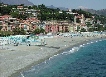 Viareggio Beach.jpg